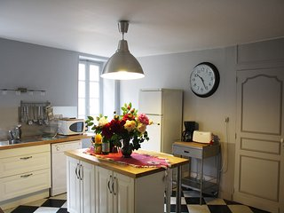 the well fitted kitchen