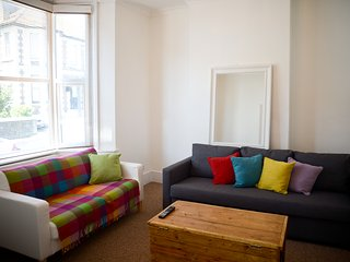 The Town house - town centre house sleeps 7,  minutes from the beach
