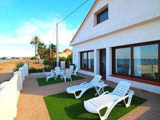 Villa frontal al mar. Acceso directo playa. Wifi, Els Poblets
