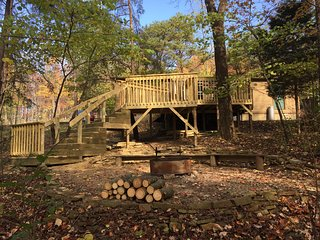 PINE RIDGE RETREAT- Private 32 ACRES - Southern Ohio - Pike Forest- Dog Friendly