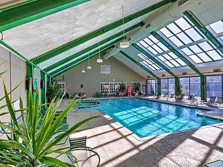 Ski-in/Ski-out Wintergreen House w/ Hot Tub!