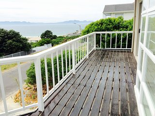 the Cape Siesta Beach house, Luxurious Self-Catering Holiday Sea Accomodation