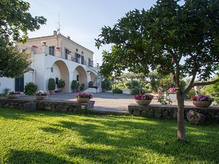 Exclusive Villa with pool, stunning sea and Etna view near Catania/Taormina, Riposto