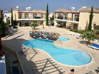 Luxury 2 Bedroom apartment with pool in a small delightful complex, Paphos
