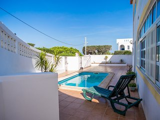 Conte White Villa, Carvoeiro, Algarve