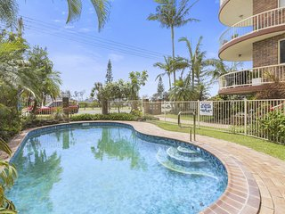 FRANGIPANI ON MARINE PARADE - KINGSCLIFF HOLIDAY APARTMENT, Kingscliff