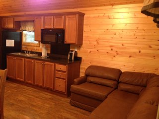 2 Bedroom Cottage in SACO/ Old Orchard Beach KOA