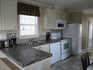 One Bedroom Park Model in Rainbow Village Resort in Zephyrhills