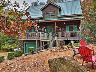 Coosawattee River Resort Home Mins from Blue Ridge