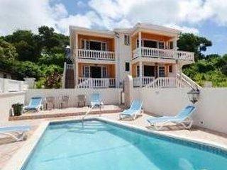 Luxury 3 bedroom 2 bathroom  Vatction Villa On The Southcoast Maxwell Beach Area