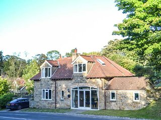 WYKE LODGE COTTAGE, detached, open fire, off road parking, walks from the door