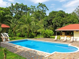 CDCR - The Emerald Estate 50% DISCOUNT Sept-Dec 14, La Fortuna de San Carlos