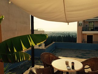 Central appartment with sea and acropolis view