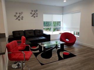 Hollywood Luxury Community (NoHo), Suite 205, Los Angeles