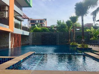 Lovely condo in perfect location near Naiharn beach