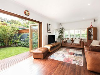 Welcoming family home - close to Sydney's beaches, Clontarf