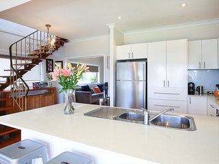 Kickback and relax in this spacious family home, Little Bay