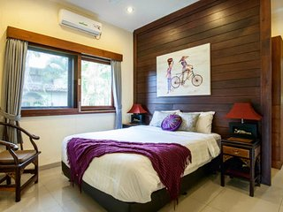 Santosa- Boutique self contained apartment villa Legian