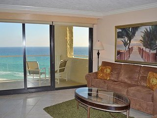 Check-in to this rare, 1100sqft beach condo with 2 beachfront balconies!, Miramar Beach