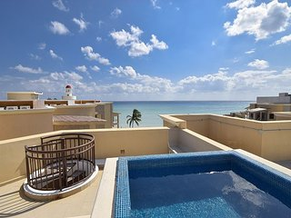 Stunning Caribbean Beachfront Condo (EFC402) 35% off, Playa del Carmen