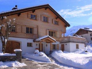 Chalet Leugisland, Klosters, (Chalet Candy)
