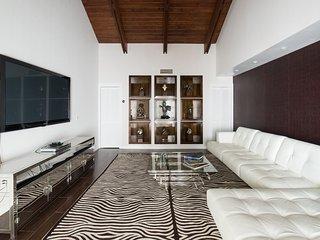 Mashta Villa, Miami