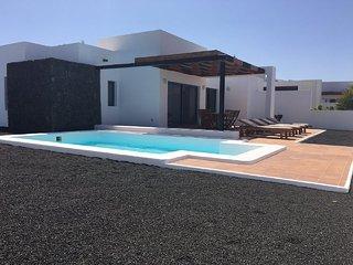 Villa Bellavista C7 with private heated pool, wifi, air conditioner, etc ...