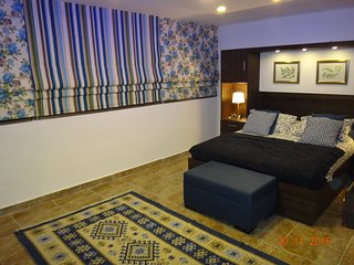 The Royal Luxury Family Apartment  (1-6 Guests), Amman