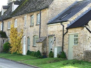 Maple Cottage, near Chipping Norton.  - NEW COTTAGE