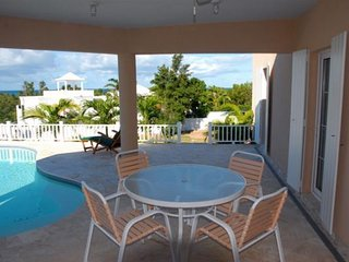 Villa Soleil - Ideal for Couples and Families, Beautiful Pool and Beach, Anguilla