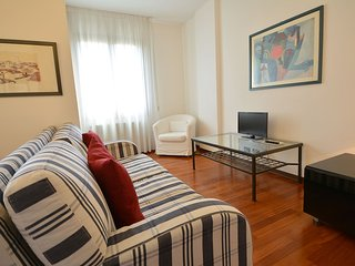 EDITH downtown in 15 minutes, private park, aircond, wifi, 2 bed, 2 bath, 4 pax, Venise