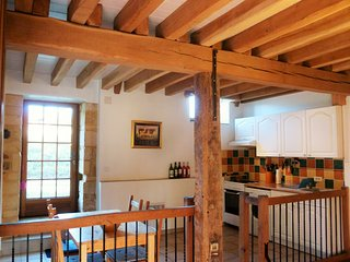 Barn conversion full of character Heated pool WIFI, Near Sarlat, large gardens.