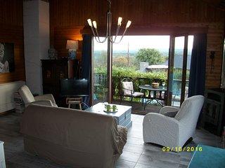 Maison style chalet en Fagne/Ardennes, adapee PMR