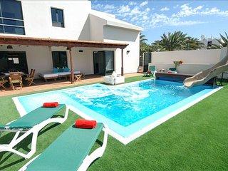 Villa Playa Del Teguise Tres