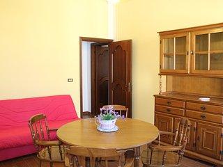 Nuovissima, raffinata e spaziosa Casa Vacanza SATURNO luminosa e climatizzata, Avola