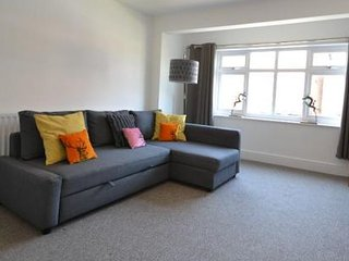 Modern and bright 2 double bedroomed first floor apartment