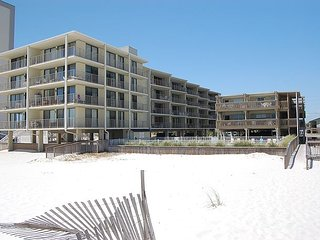 Gulf Village 110: 2br/1ba gulf front condo in Gulf Shores, Sleeps 6