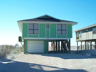 Hideaway: 4 bedroom 2 bathroom private Gulf Front Beach House, sleeps 8