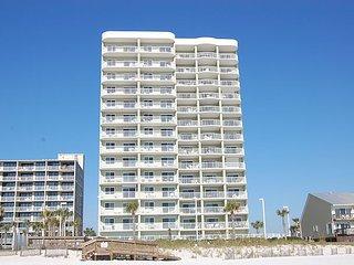 Tradewinds 904: 2br Gulf Front Condo w/beautiful views of the beach