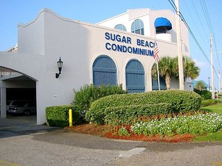 Sugar Beach 201: 2br/2ba beach side condo in Orange Beach , Sleeps 5