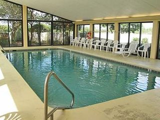 SSB5415: 3br/2ba Gulf Front Condo w/access to indoor/ outdoor pool & tennis