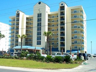 Surfside Shores 2502: Beautiful, newly updated 2br/2ba Gulf Front Condo, Gulf Shores