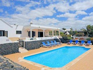 Villa Playa Blanca Deluxe