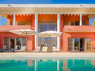 Pedasi: gorgeous architect villa on the beach in Playa Destiladeros