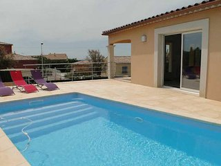 Neffies French holiday villa with private pool sleeps 8 (Ref: 796)