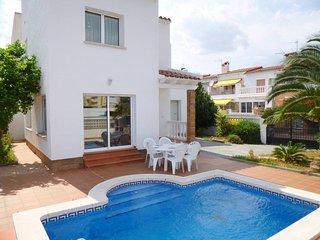 Apart-rent (0143) Casa con piscina privada en Empuriabrava