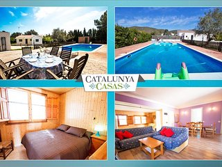 Charming Villa La Juncosa for 8 guests only 20km from the beach!, Rodonyà