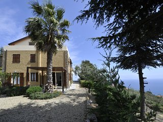 Holiday in Cipressa - Appartamento Oliva
