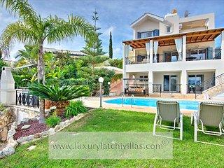 Sandy Beach Villa 10, Neo corion
