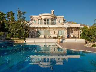 Athens Events Villa Mare, Seaview, 2′ walking from the Sea